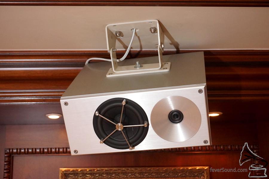 無法想像將一隻實芯鋁材揚聲器懸天而掛。