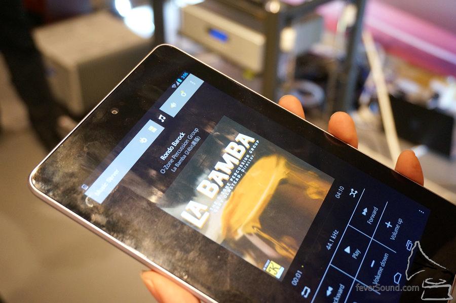 全程使用 Tablet 控制,已經是串流機指定功能了。