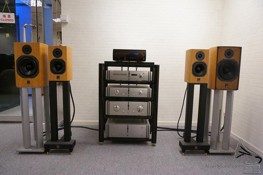 不論是 SCM7 定還是 SCM11,聲音都有很大進步。