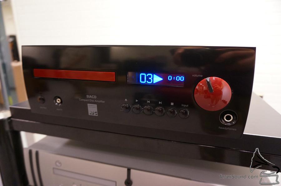 全新一體化器材 SIACD,有 CD 有 USB 有 DAC 有好好力的擴音機。