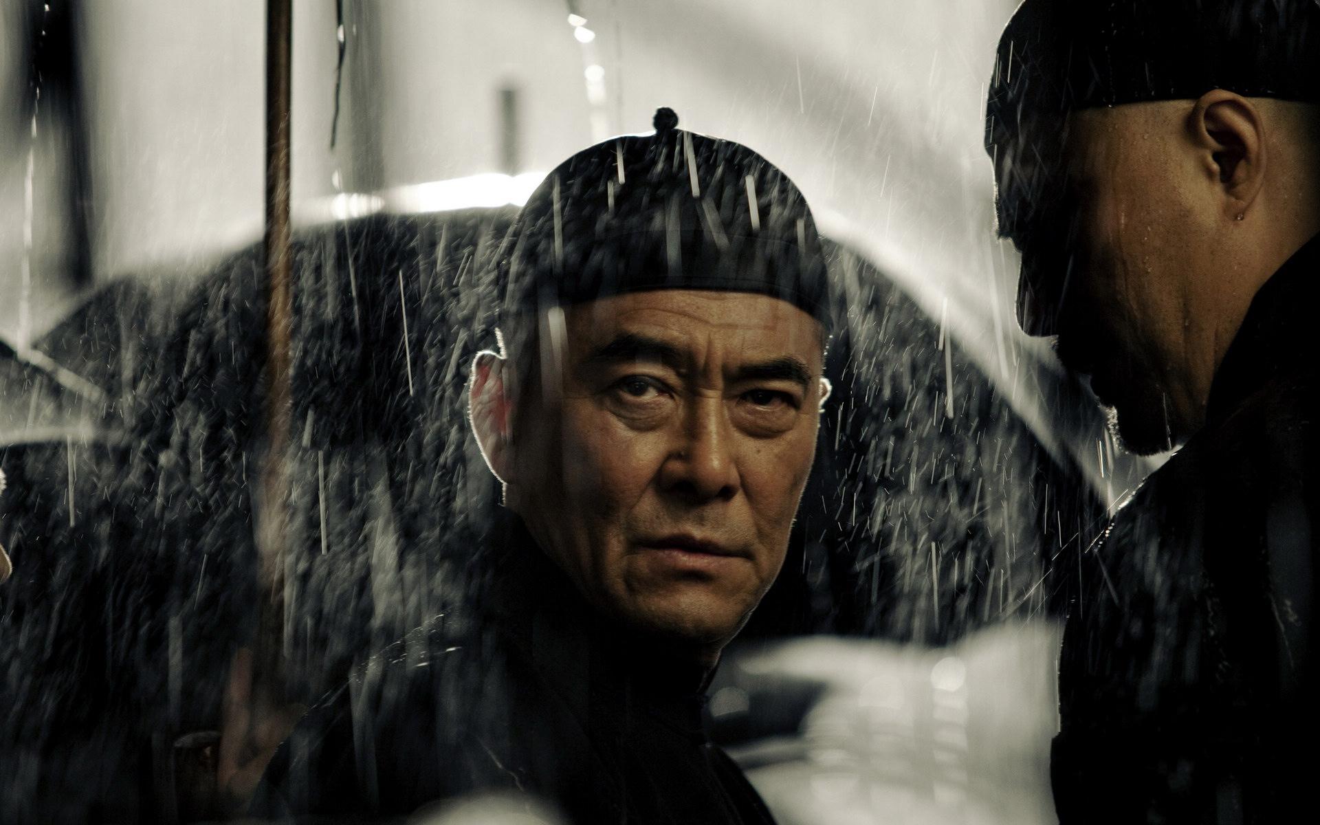 片中大上海人物亦中亦外卻不見土味,各有方言而溝通融洽,這不就是很「香港」嗎?