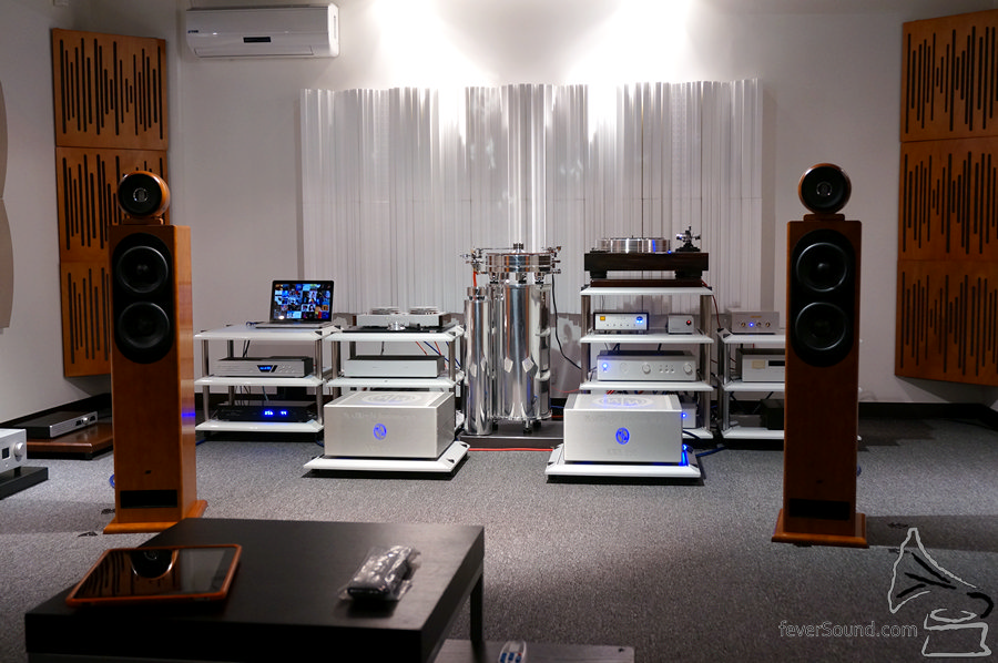 法國 JMR 揚聲器,忠實還原中帶音樂感。