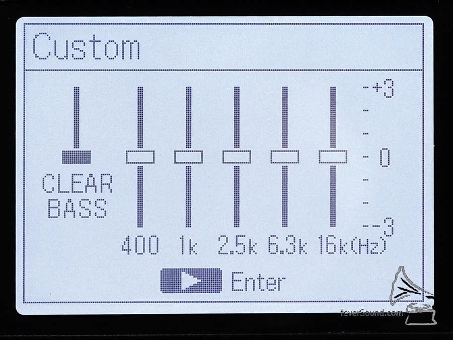 EQ 調校比較簡單,不過嫌錄音機聲太悶的話,推一推 Clear Bass 絕對有幫助。