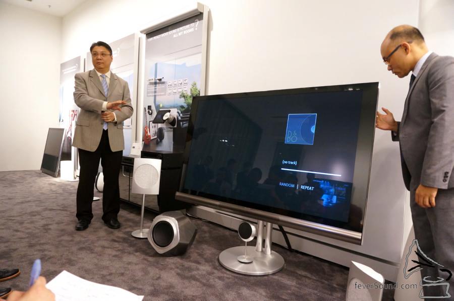 除了音響之外,B&O 的薄屏電視也是很靚,查實這是等離子顯示器來!
