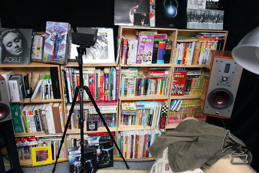 Henry 將大部份多年買來的模型及漫畫都收納在這裡。
