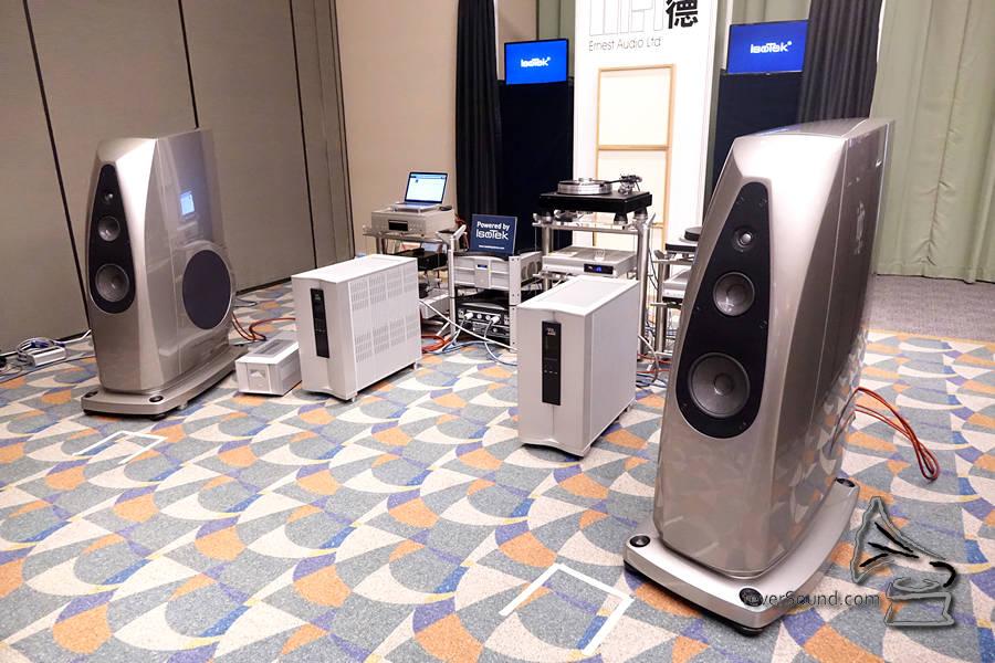 VPI唱盤、VTL膽機、Rockport喇叭,已經夠正,還有Isotek的電源及Madison的銀線