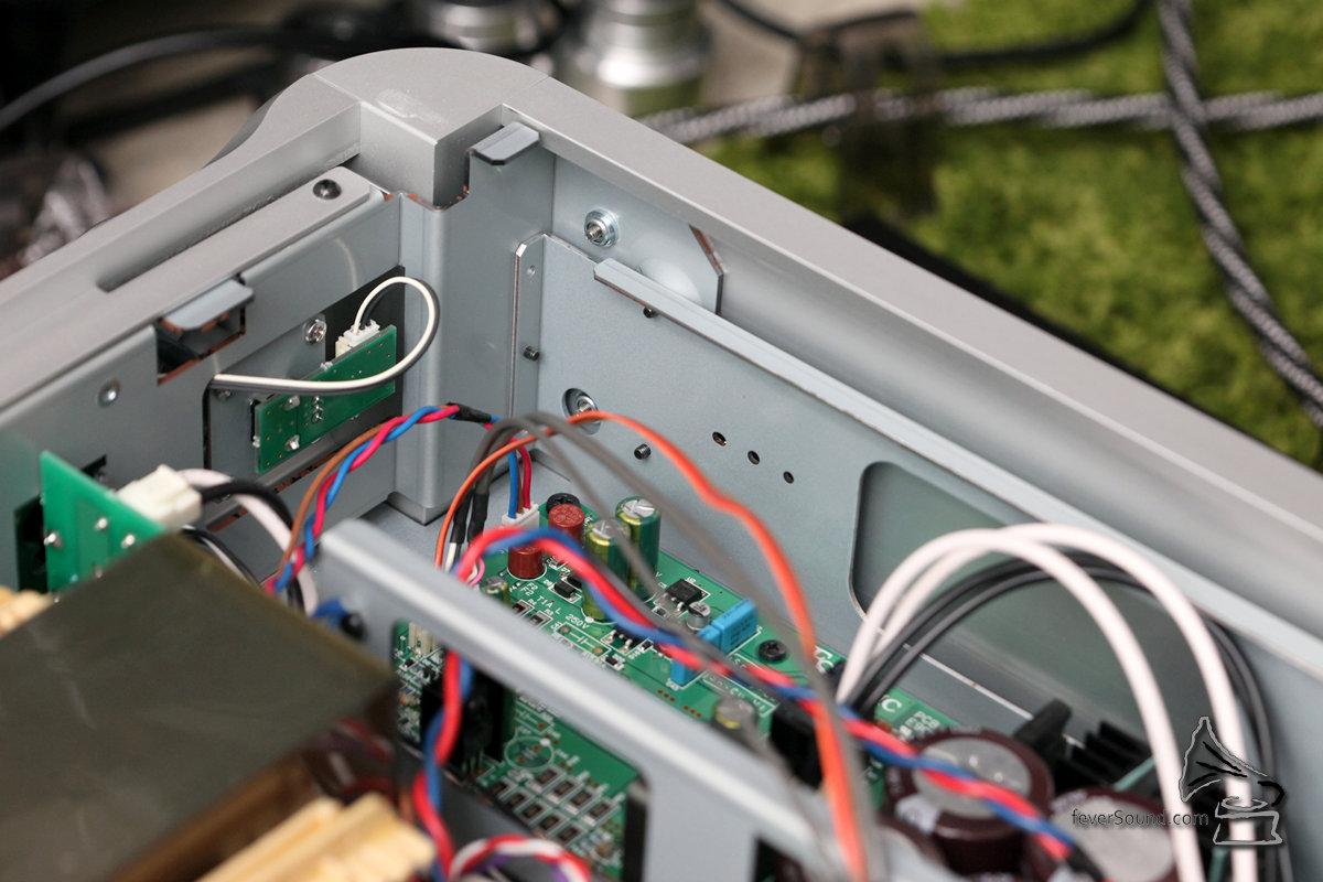 雙重機殼加強機身鋼性