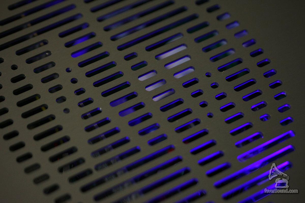 機內藍色LED燈