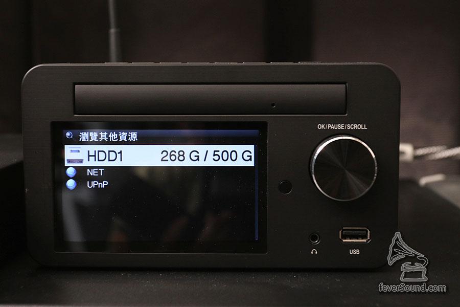 借試器材內置了 500GB 硬碟
