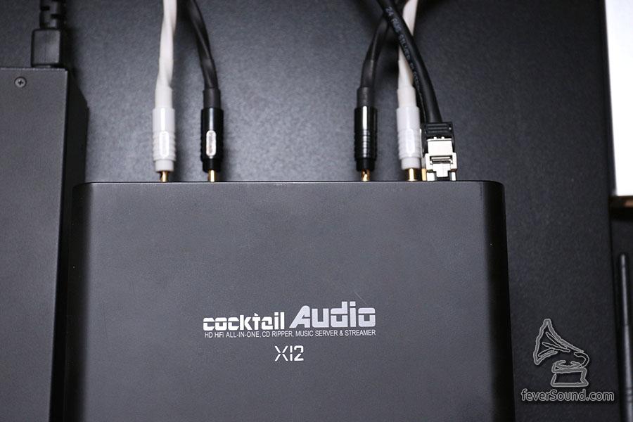 無線也十分方便,但要傳送 96khz 以上音樂,宜用接線方式進行較為穩定