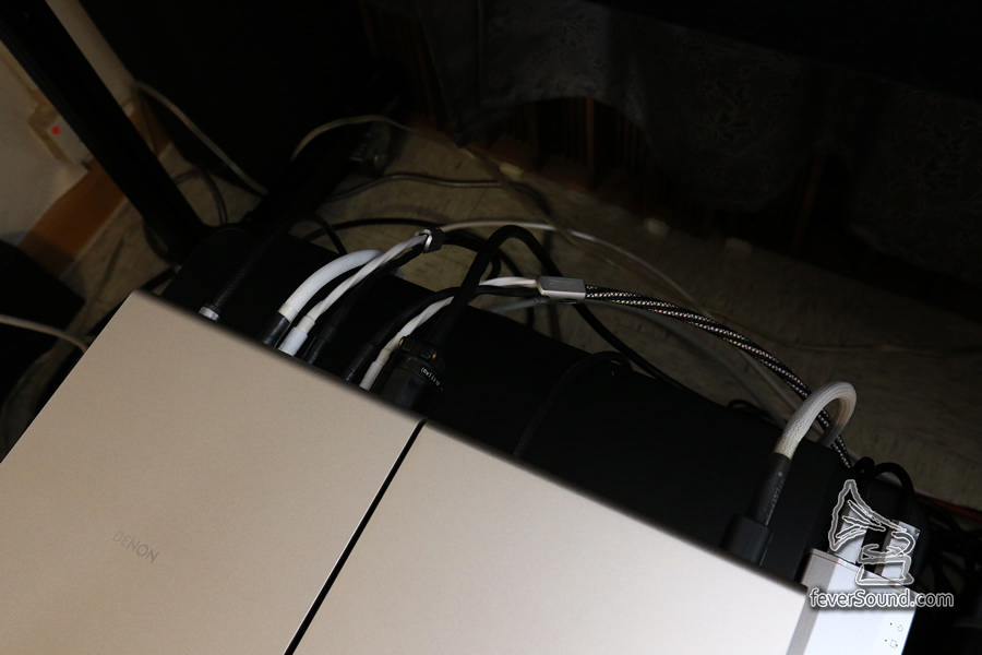 機背接線一覽,留意 IEC 插可用「大插」,夠位的
