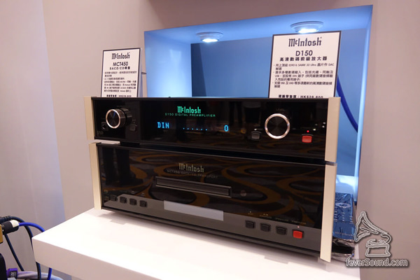 其實訊源是相對抵玩的新款,包括純SACD/CD轉盤MCT450及DSD解碼D150