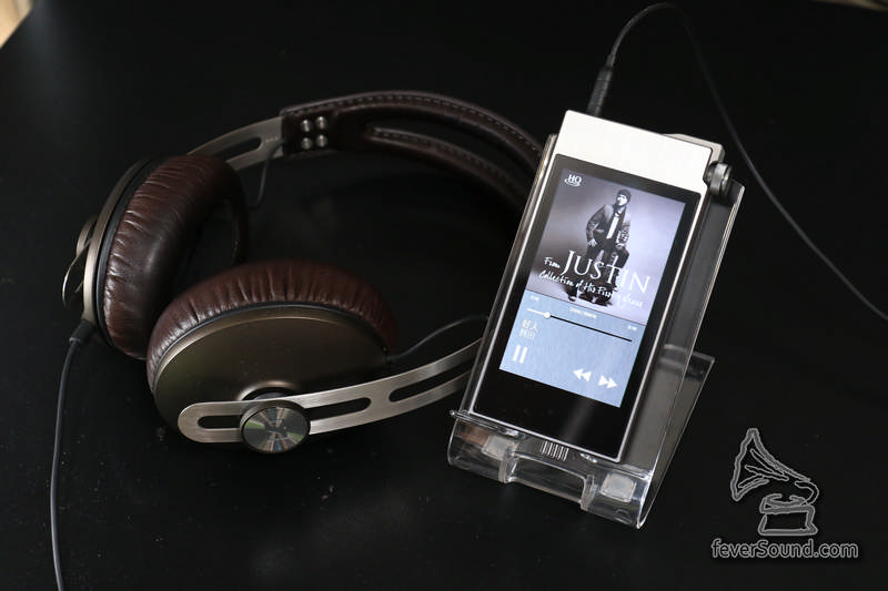 AK100 II 推動 Sennheiser Momentun On Ear