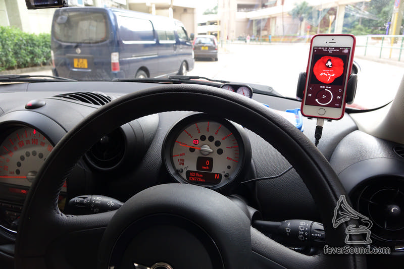 在車內使用,要留意走線美觀