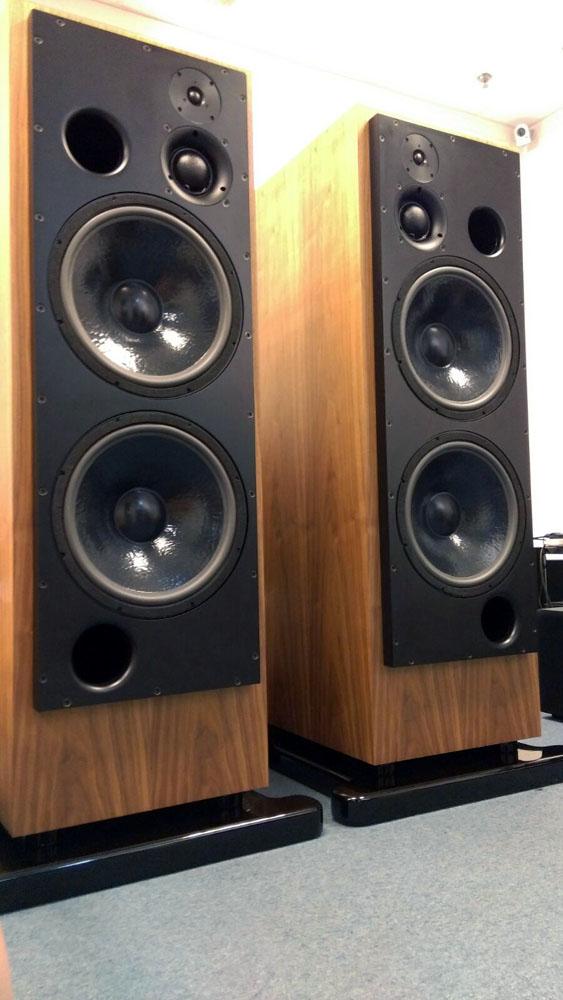 雙15吋低音、容積達300公升的 ATC SCM300 已經煲煉中,務求「美樂會」當晚有最佳發揮!