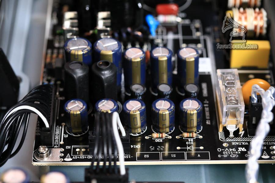 供電線路板的濾波電容,由Acon換成Panasonic FC電容