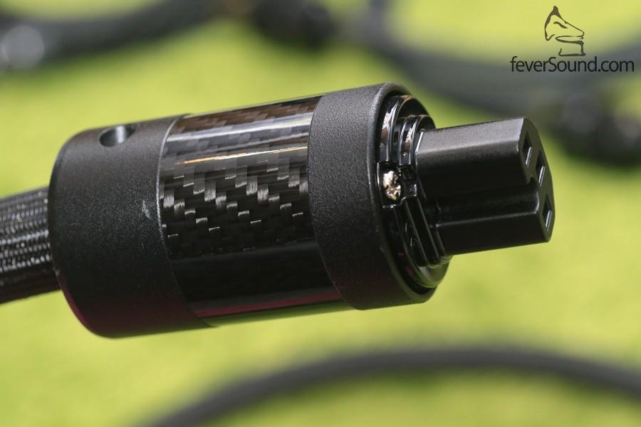 CD6A8943