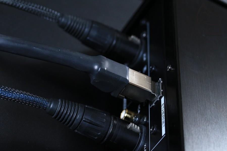夾配網線使用上Cardas的ClearNetwork線