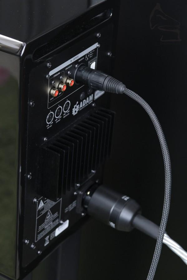 雖然A5有USB解碼,但只是基本44.1/48kHz而且音質未能發揮到喇叭質素。最好還是使用解碼模擬輸入