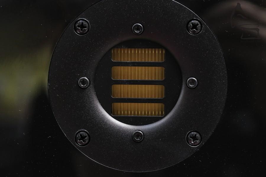 ART氣動高音是ADAM的招牌貨,留意ADAM不論平貴,所有氣動高音都是在德國人手製造的