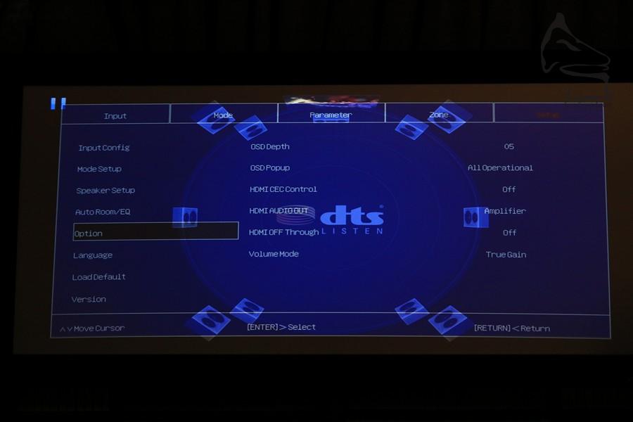 自家研製的UI (用家界面),選項雖然不及日系機種,但也應有盡有