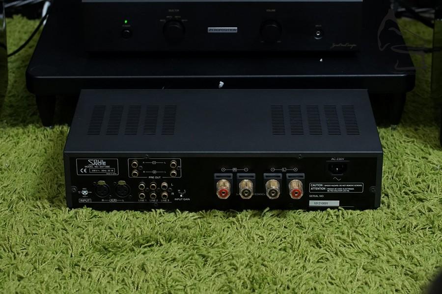 SA710機背一覽