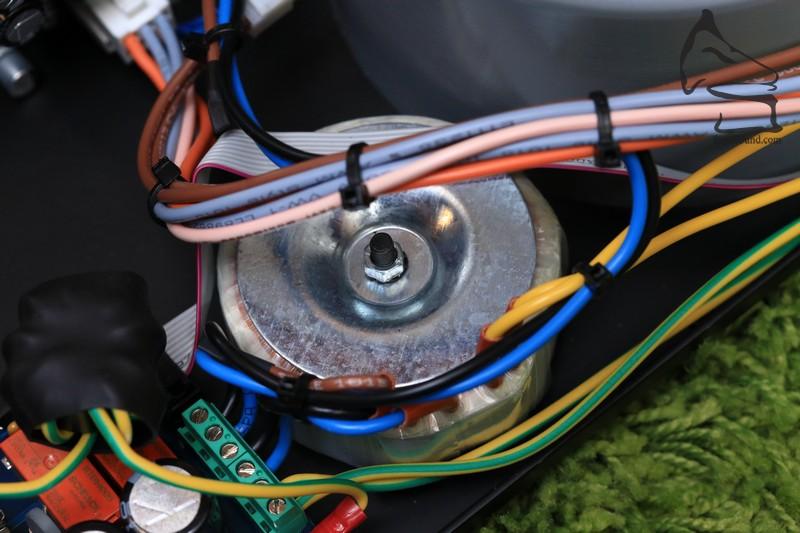細環牛為前級等部份供電。