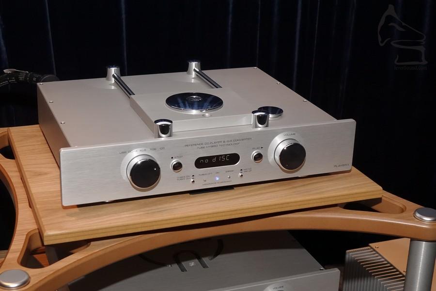 Accustic Arts 最高級單體 CD 機「Player II」,也備有數碼輸入 (連 USB 輸入),功能質素俱備