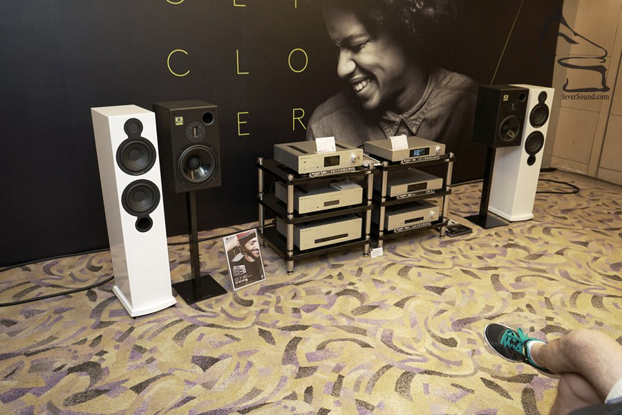 講「貼地」,一定是Cambridge Audio,一套正規音響(串流機、擴音機、座地揚聲器)加埋僅約港幣兩萬元