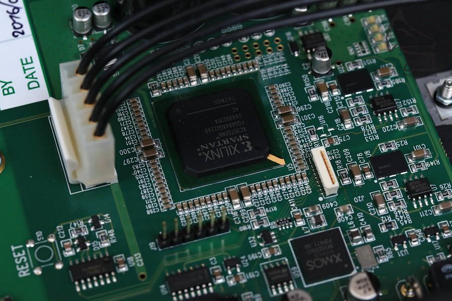 這塊Xlinux FPGA芯片,在不同器材中會很常見,但內裡的運算技術,卻是只此一家