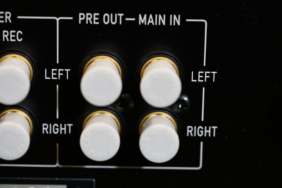 前置輸出可加後級,後級輸入可夾AV系統