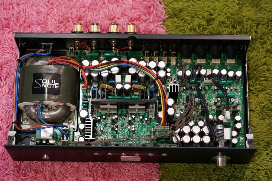 SA730機內圖