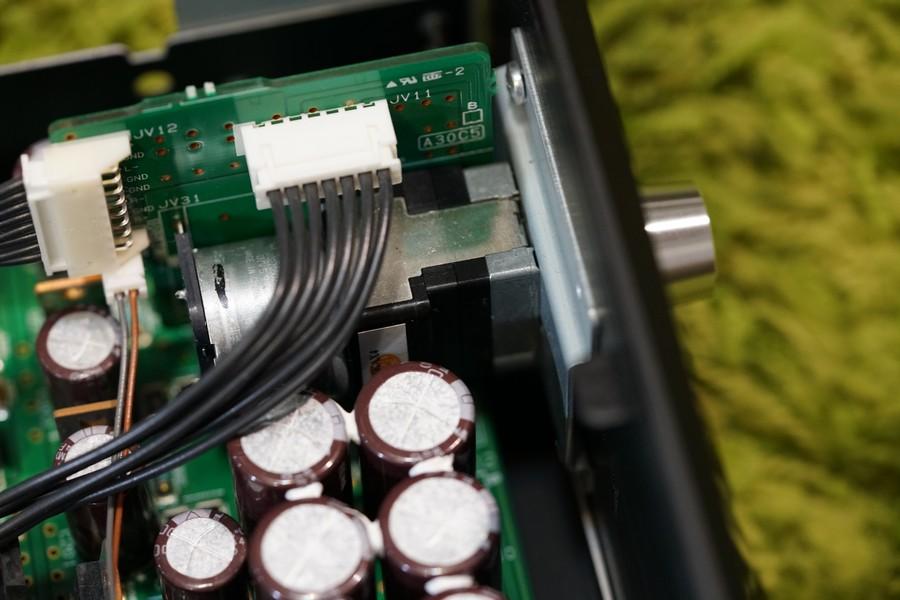 全平衡處理的無段電阻音量掣