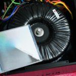 拿一張CD作比例,可以感受到它真的很巨大呵!