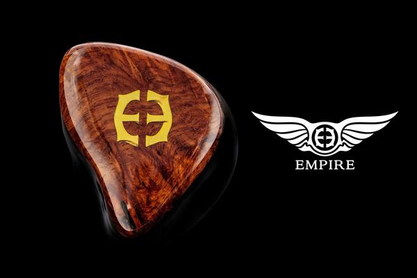 美國Empire Ears入耳式耳機Legend X混合設計系列旗艦型號,兩個自家設計生產W9動圈單元,單元外殼採用前發聲、後抖氣特製管道設計 (富豪T04 Crystal Sound Audio)