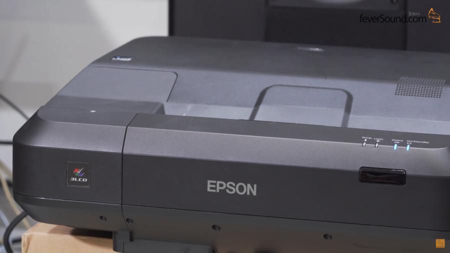光猛又襟睇:EPSON EH-LS100鐳射光源低角度短投機