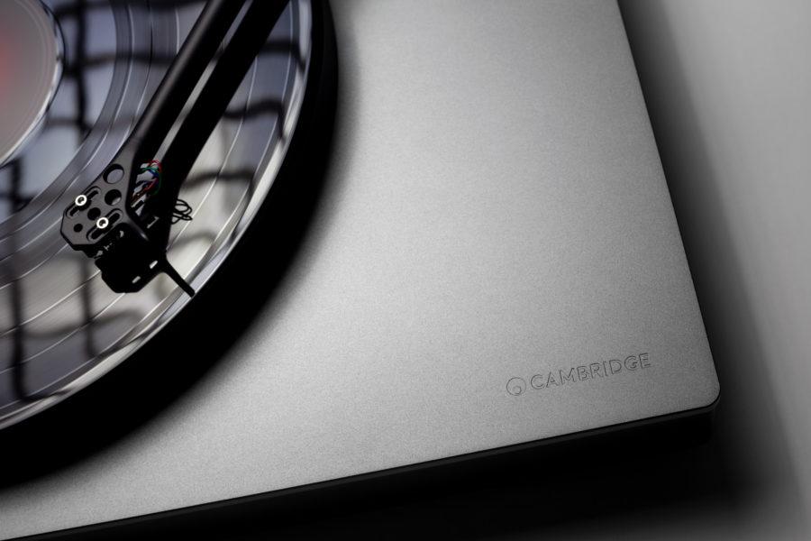 Cambridge Audio 世界首部配備 aptX HD 無線藍牙傳輸技術的黑膠唱盤 Alva TT