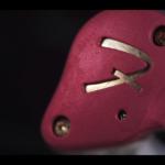 Ironman配色的中價IEM!試聽Fender Ten 2