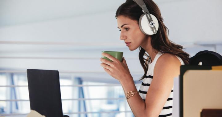Sennheiser 推出全新白色 MOMENTUM Wireless 無線耳機 以全新顏色 傳遞卓越音效